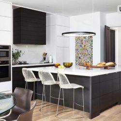 سه آشپزخانه سیاه و سفید جذاب