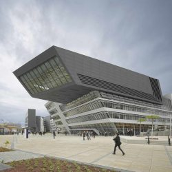 طراحی کتابخانه و مرکز آموزش دانشگاه اقتصاد وین
