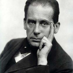 بیوگرافی والتر گروپیوس