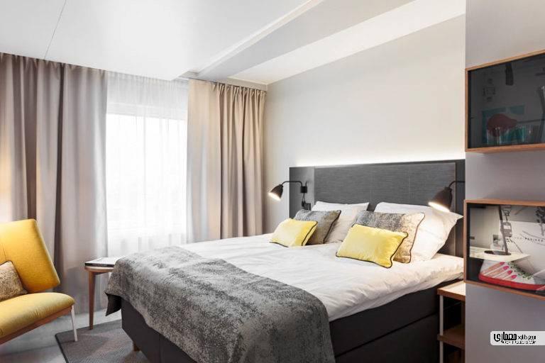 برای طراحی اتاق هتل