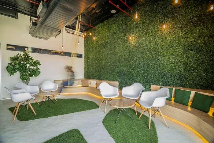 معماری داخلی دفتر کار نیسان