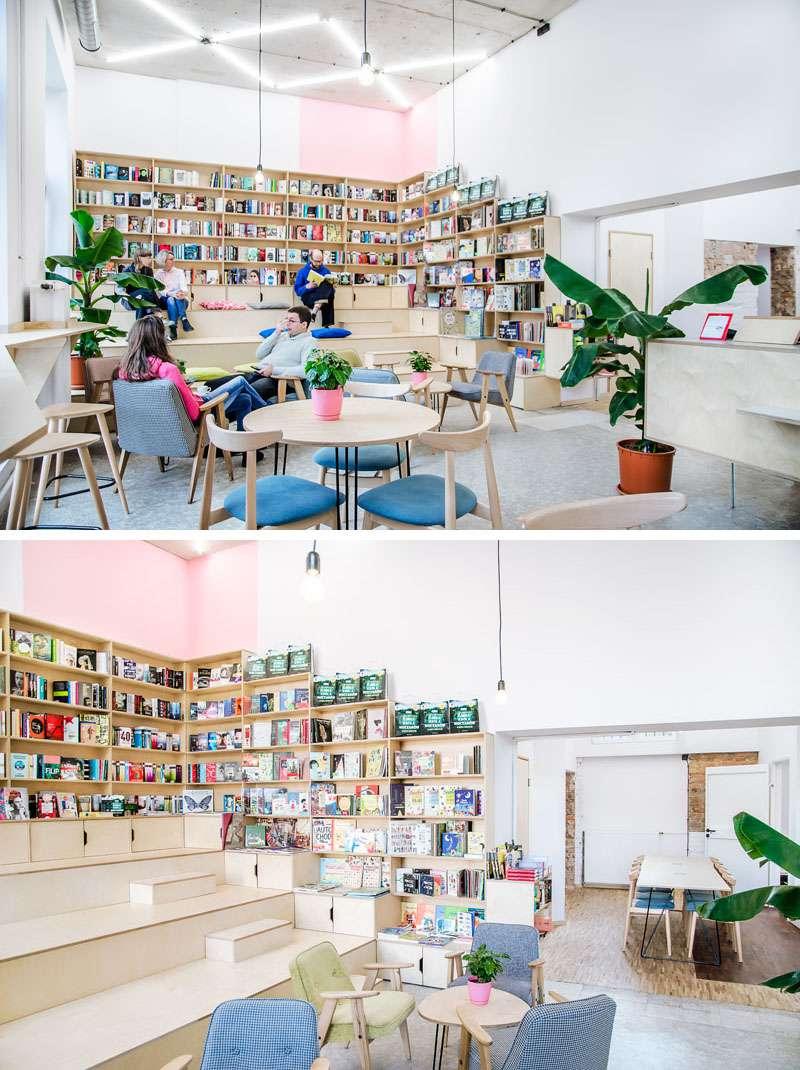 کتاب فروشی در کافی شاپ