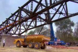 مستند ابر سازه ها – تخریب کامل پل پیاچنزا در شمال ایتالیا