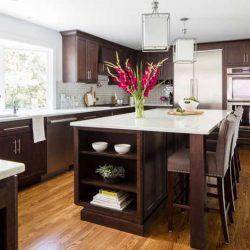 20 نمونه دکوراسیون آشپزخانه با کابینت قهوه ایی