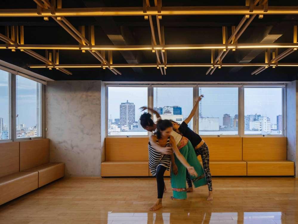کلاس رقص