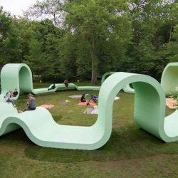 طراحی خلاقانه مبلمان شهری در پارک