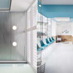 طراحی داخلی مطب دندانپزشکی به سبک مینیمال