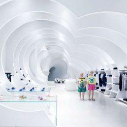 طراحی داخلی فروشگاه لباس بچه گانه
