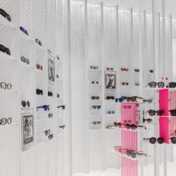 طراحی داخلی فروشگاه عینک در چین