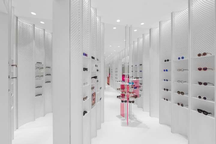 طراحی داخلی فروشگاه عینک