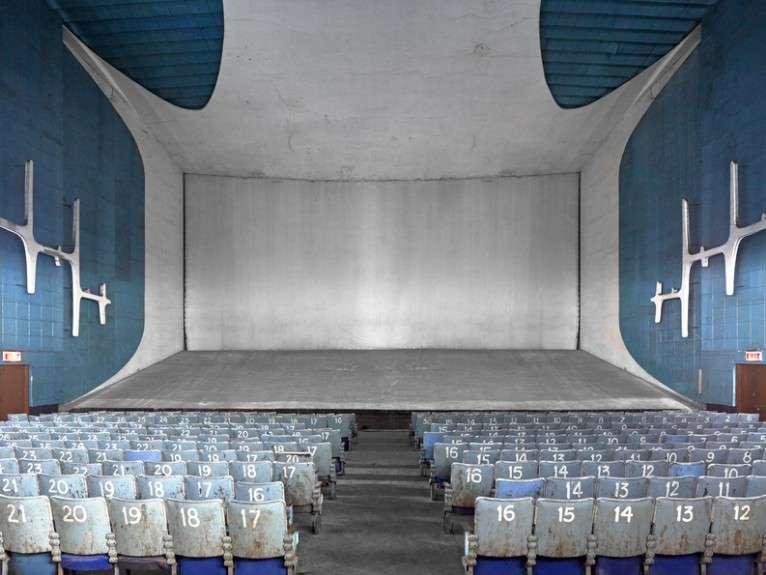 سینمای نیلام