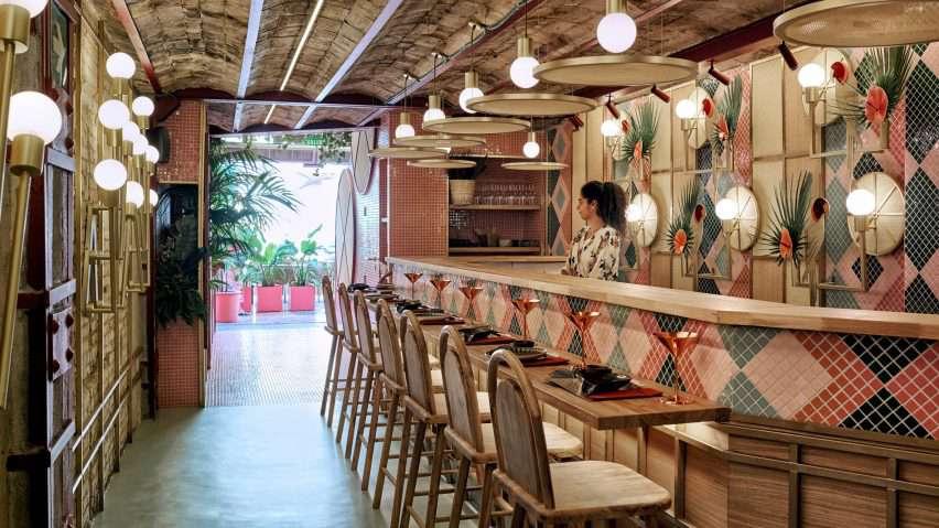 رستوران سوشی