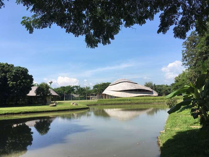 معماری سالن ورزشی
