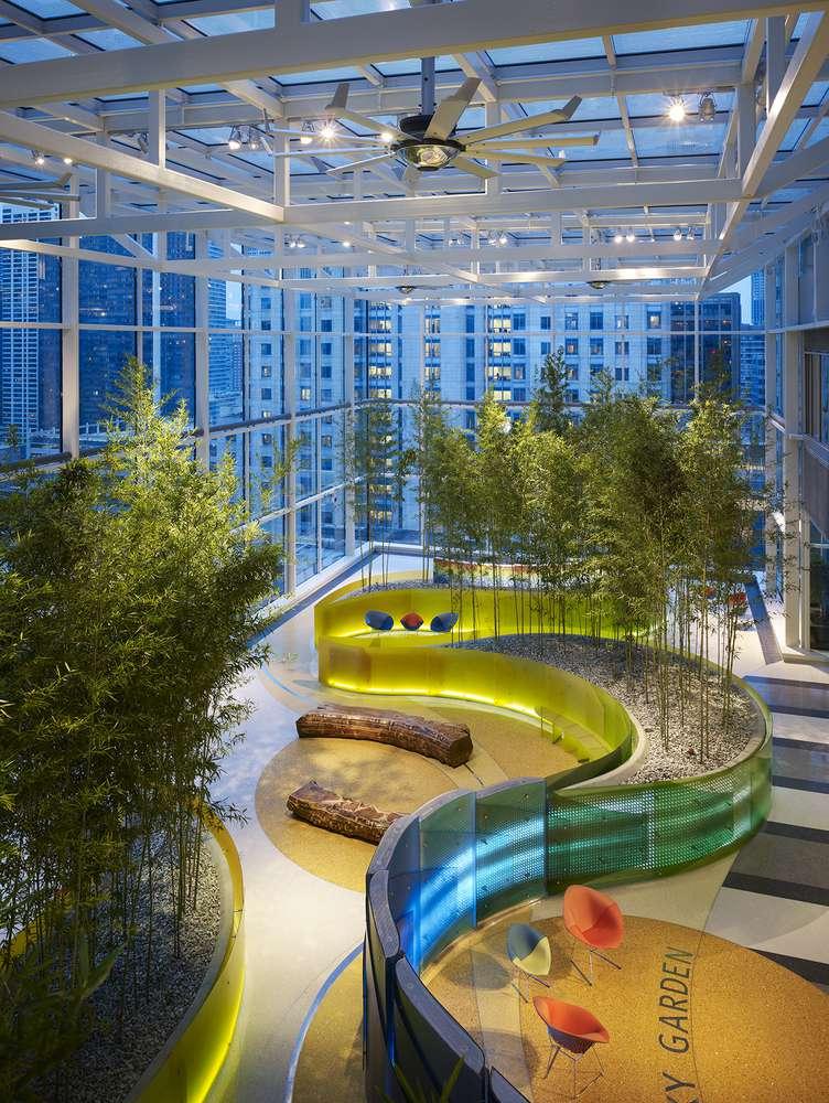 معماری بیمارستان کودکان شیکاگو