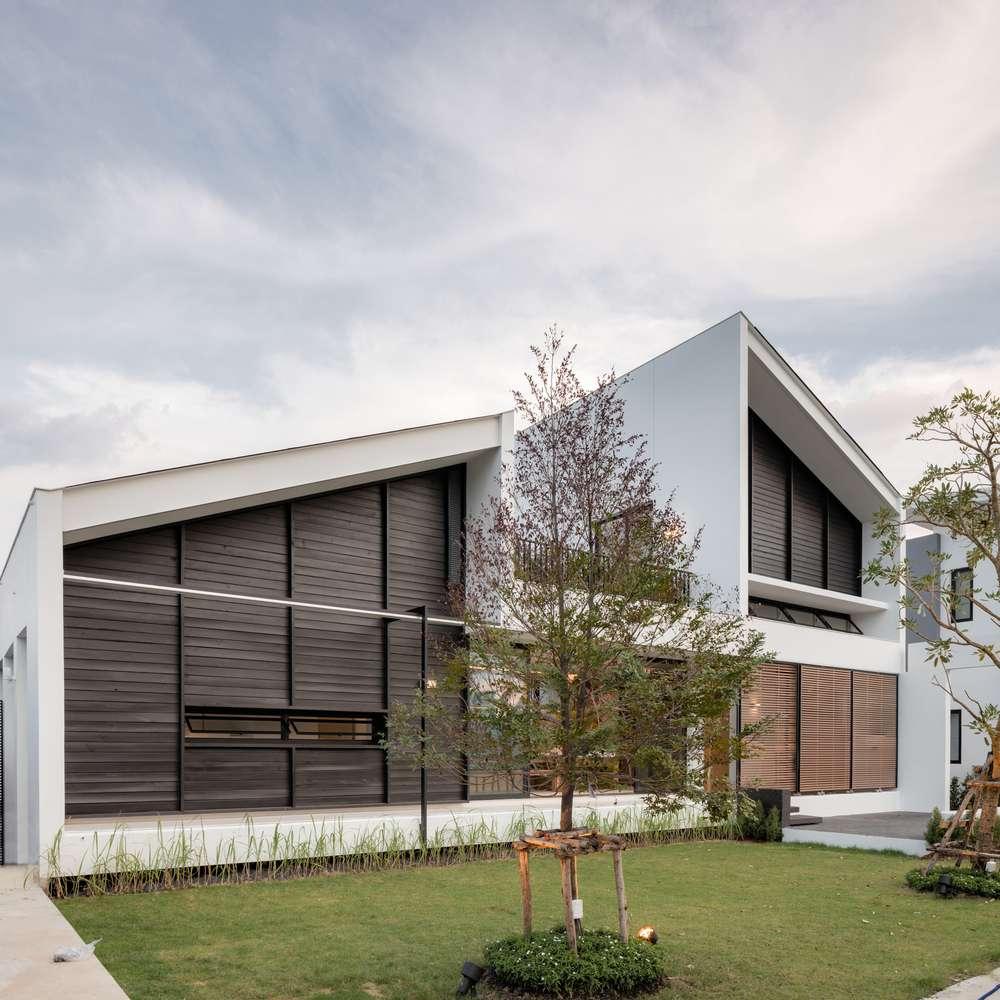 طراحی ویلای خانوادگی با فضای سبز