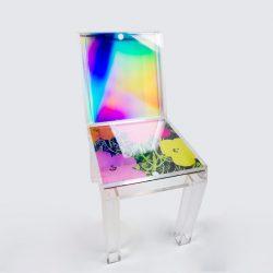 طراحی خلاقانه صندلی آکریلیکی