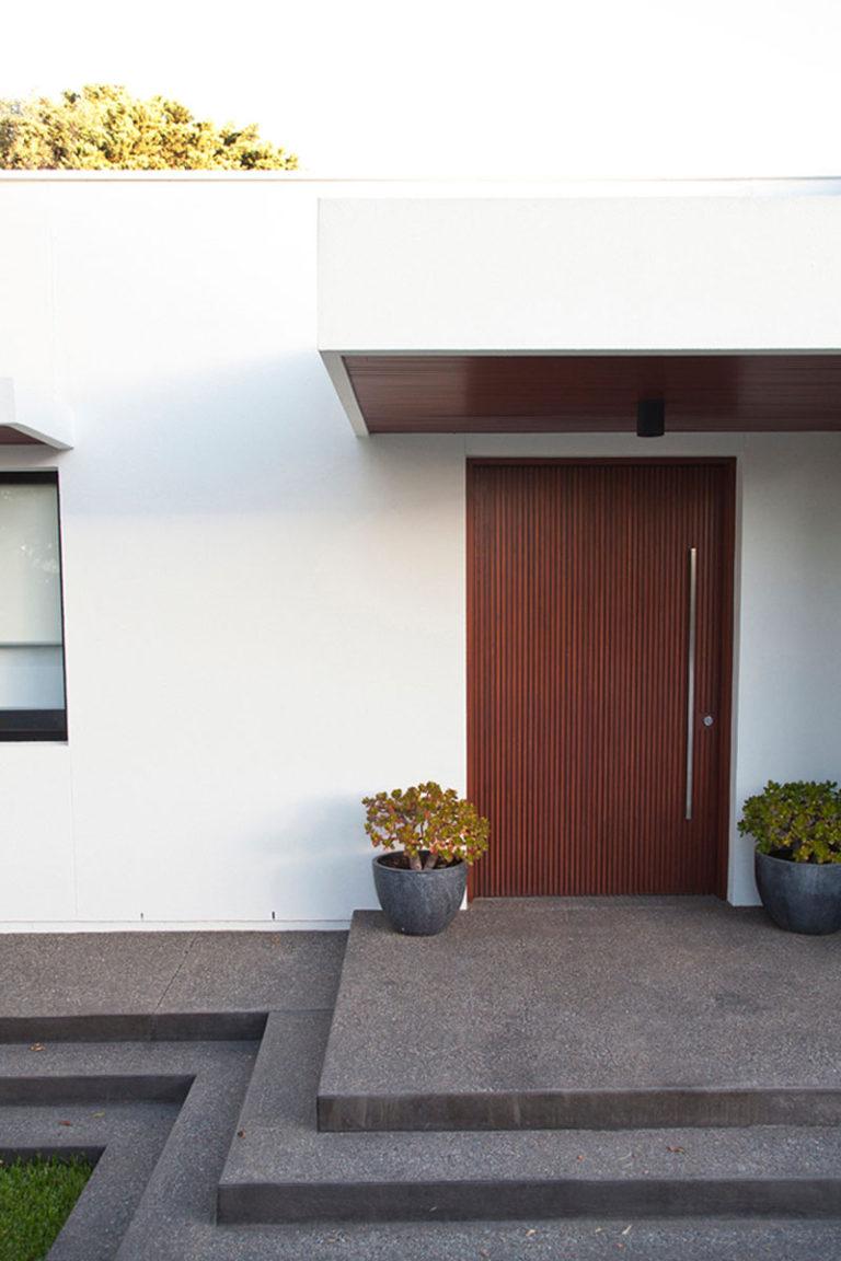 طراحی درب مدرن چوبی ورودی
