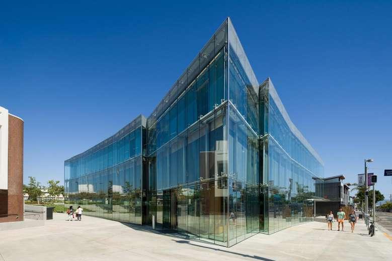 کتابخانه به سبک معماری ساحلی