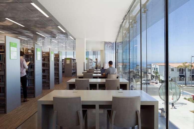 طراحی کتابخانه ساحلی