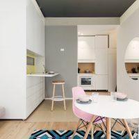 دکوراسیون میکرو آپارتمان با مبلمان چند منظوره