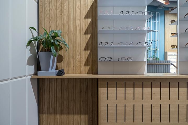 طراحی داخلی مغازه عینک فروشی