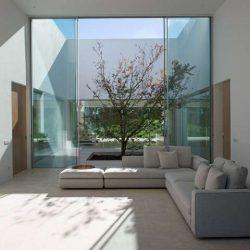 23 طراحی درب کشویی شیشه ایی برای بهینه سازی فضا
