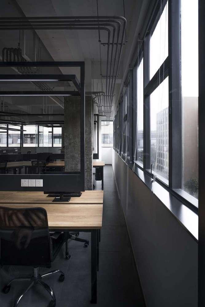 طراحی و چیدمان دفتر کار