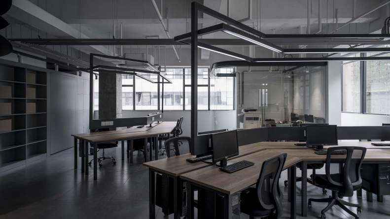طراحی دفتر کار محصولات و خدمات نرم افزاری