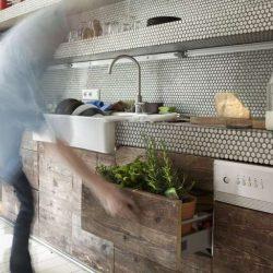 11 ایده جذاب استفاده از کاشی در کانتر آشپزخانه و حمام
