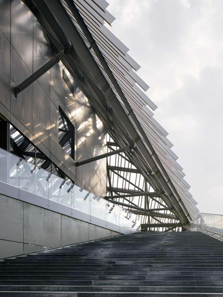 طراحی مرکز تفریحی توریستی مدرن