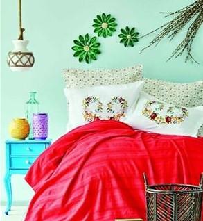طراحی داخلی اتاق خواب با تم تابستانی