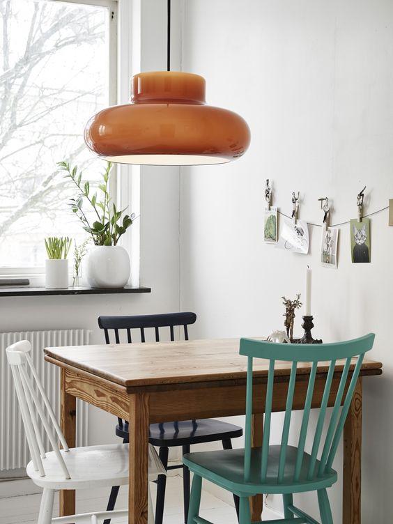 میز غذا خوری مناسب برای آشپزخانه باریک