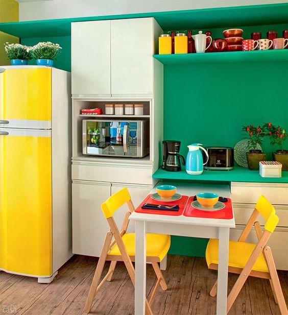 طراحی آشپزخانه رنگی