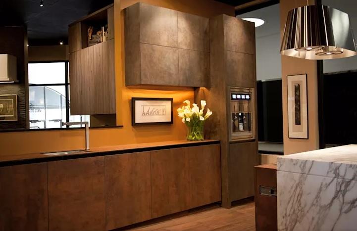 رنگ زرد در طراحی داخلی آشپزخانه