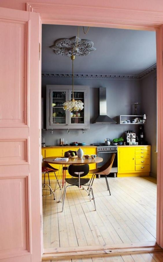 کاربرد رنگ زرد در دکوراسیون آشپزخانه