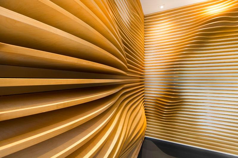 طراحی ورودی لابی با تخته سه لایی