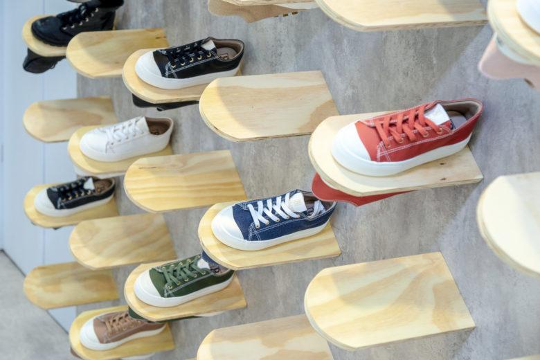 دکوراسیون غرفه کفش