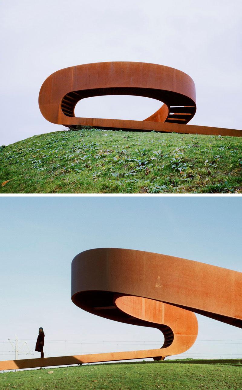 طراحی مجسمه شهری با چشم انداز الاستیک