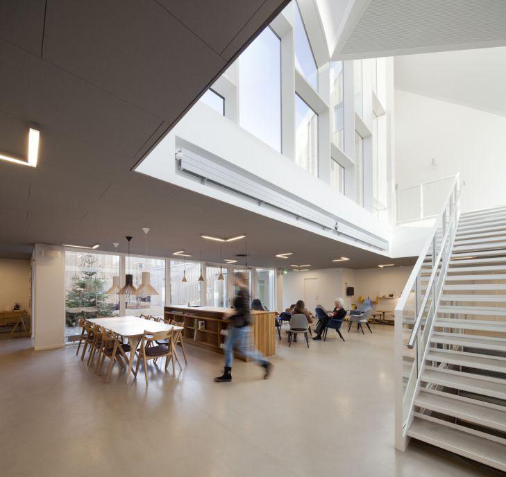 معماری مرکز درمانی سرطان و سلامت