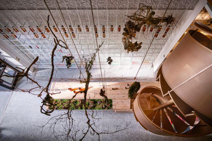 طراحی داخلی داروخانه مدرن