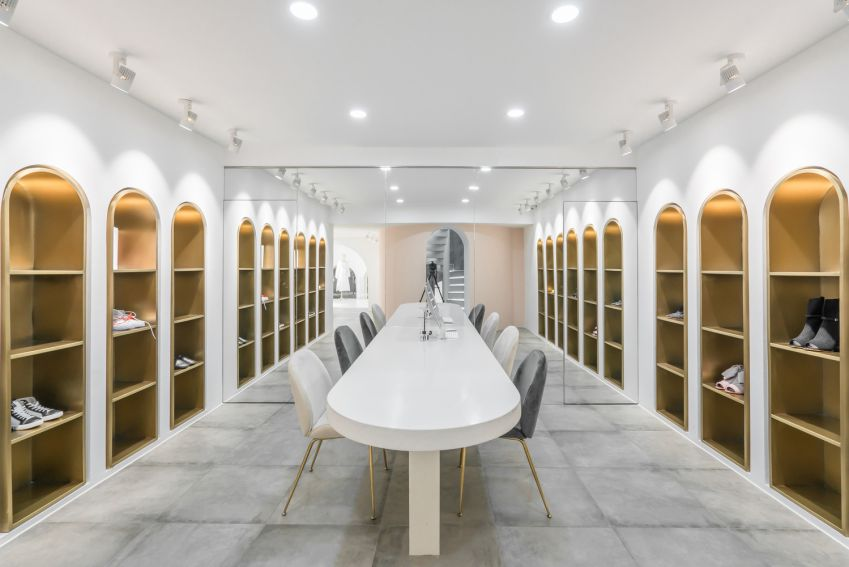 طراحی فروشگاه مد و شوروم لباس