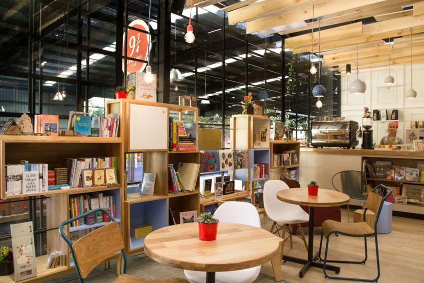 طراحی کتابفروشی مدرن