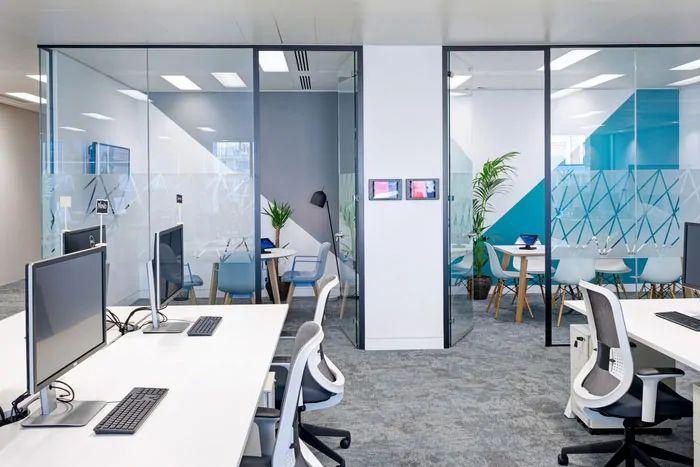 طراحی دفتر کار شرکت حمل و نقل
