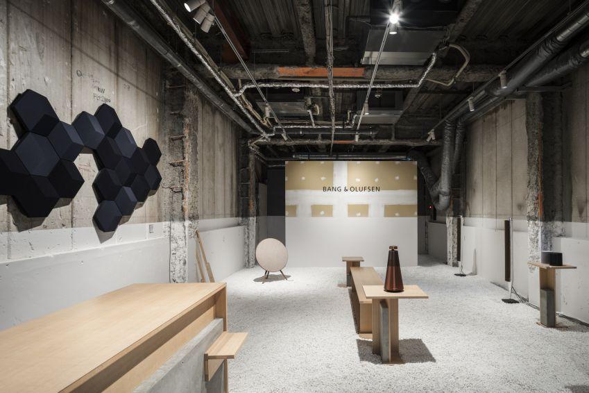 طراحی داخلی فروشگاه تجهیزات صوتی