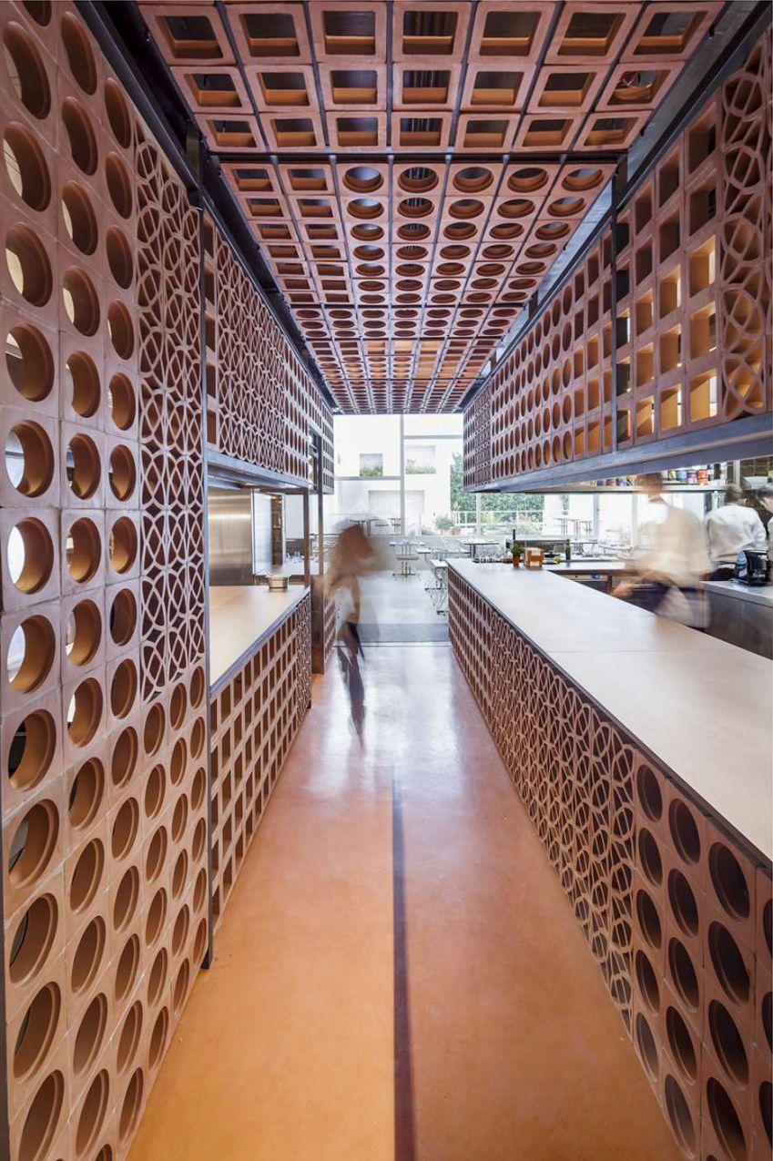 طراحی رستوران کاتالانی