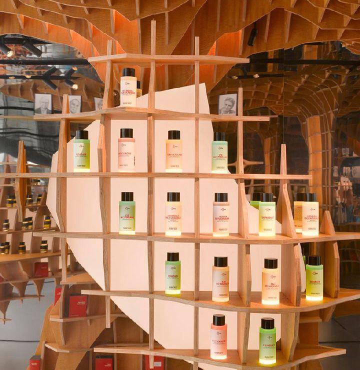طراحی فروشگاه عطر