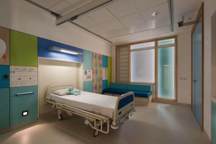 طراحی داخلی بیمارستان تخصصی کودکان