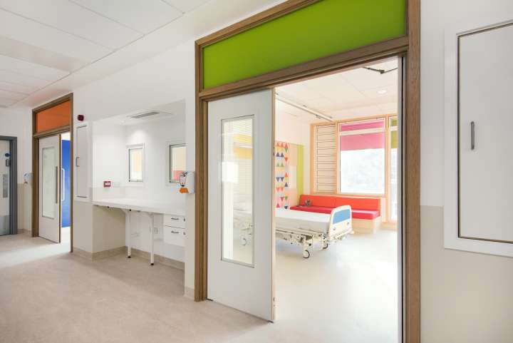 دکوراسیون بیمارستان کودکان