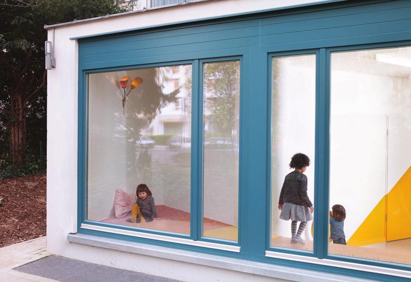 کاربرد رنگ آبی و زرد در طراحی مهد کودک