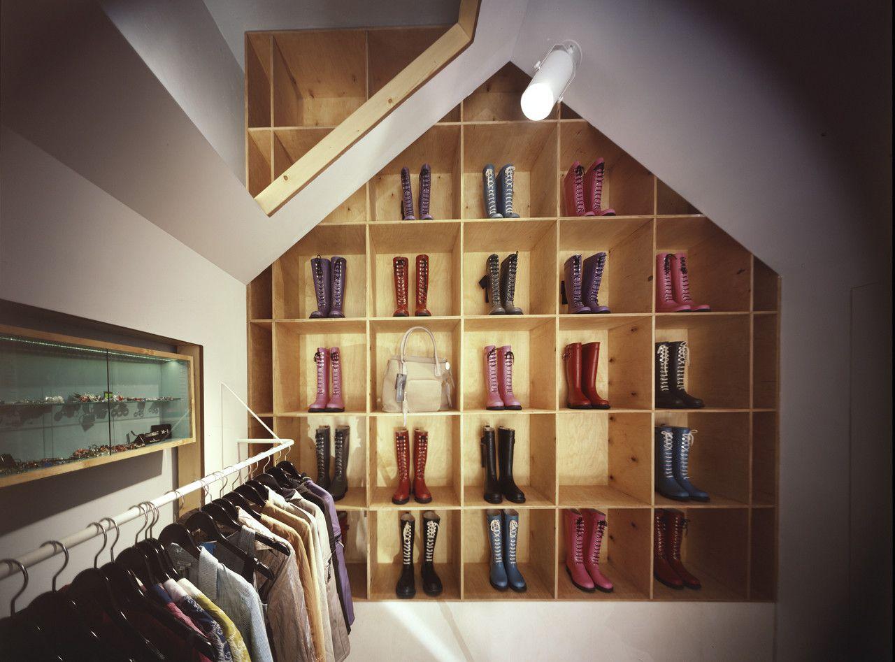 دکوراسیون داخلی فروشگاه لباس